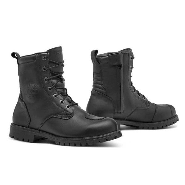 Motorcycle shoes Forma Legacy black