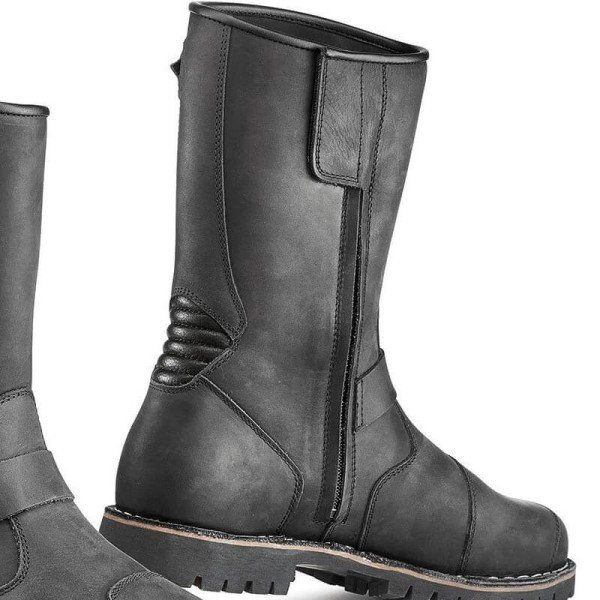 Motorcycle boots TCX Fuel waterproof black