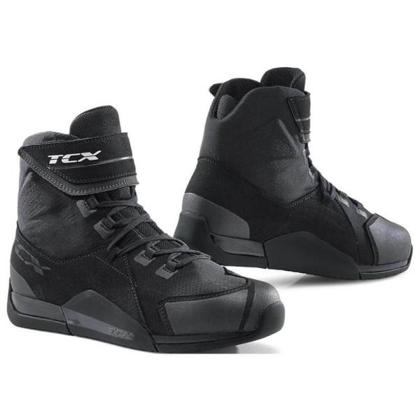 Motorcycle shoes TCX District waterproof black