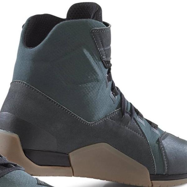 Zapatos moto TCX District waterproof gunmetal