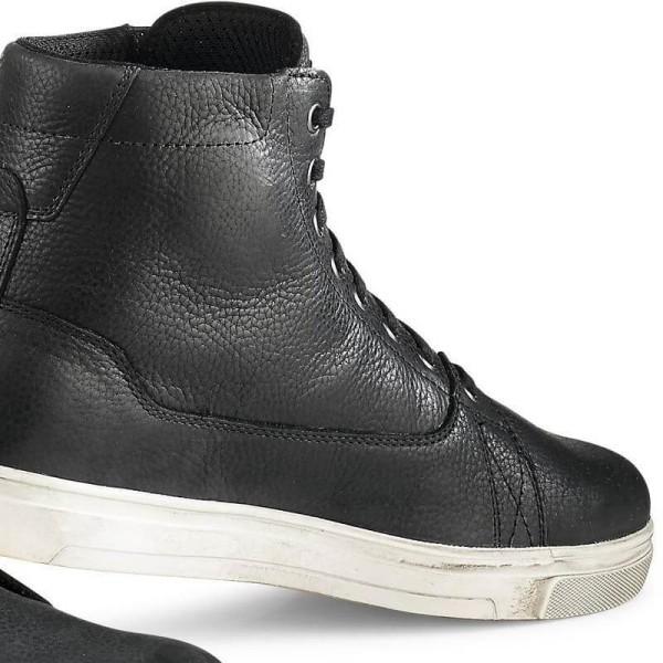 Zapatos moto TCX Mood Gore-Tex negro